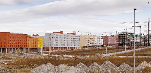 Fachada del conjunto de viviendas de Alcorcón, Tony Diaz