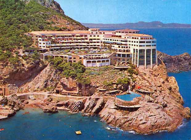 Postal del hotel Cap sa Sal, en Girona