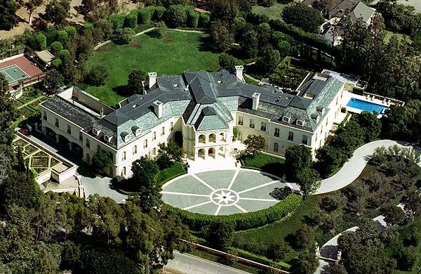 La carísima mansión de la familia Spelling.   AP