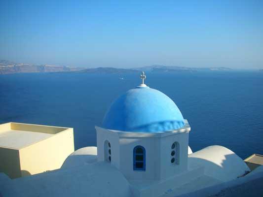 Santorini:  La arquitectura blanca es típica del Mediterráneo.  Archivo 20minutos.es