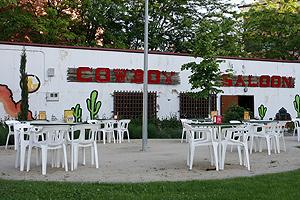El Bar Cowboy, último vestigio de los americanos