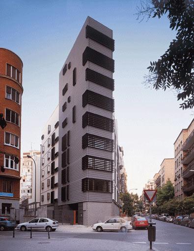 La Casa en Esquina', de Amann, Cánovas y Maruri (2003). (Imagen: ELMUNDO.ES)