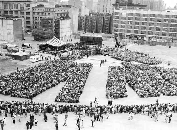 Fotografía tomada el 14-05-1959 en la que se observa el emplazamiento del Lincoln Center de Nueva York.