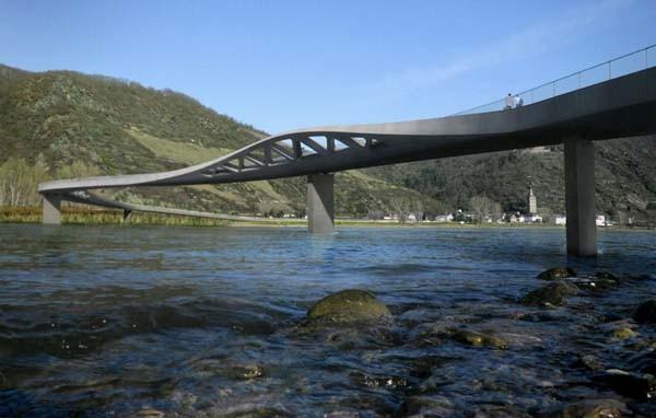 Proyecto ganador del concurso Puente sobre el río Rin, en Koblenz Alemania