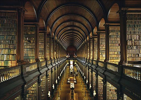 Biblioteca del Trinity College, Dublín (Irlanda)  Ahmet Ertug