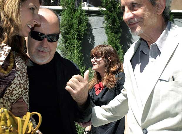 Bigas Luna, con gafas; Isabel Coixet, en el centro, y Basilio M. Patino, en la Academia de Cine.