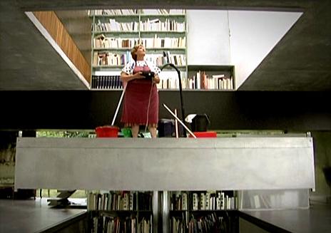 Guadalupe Acedo, la señora que limpia la casa que diseñó Koolhaas en Burdeos, Francia