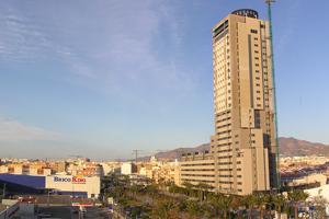 Edificio 'Torre Laguna', cuya construcción se está llevando a cabo en El Ejido, Almería   elmundo.es