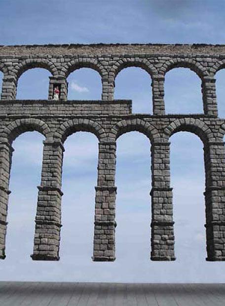 Simulación por ordenador de la acción artística en el acueducto de Segovia de Eugenio Ampudia