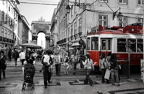 Tranvia_Lisboa_1245928219_0