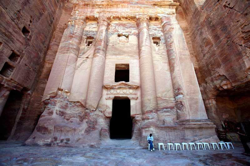 Petra, Jordania - Célebre:  Patrimonio de la Humanidad desde 1985. (AP)