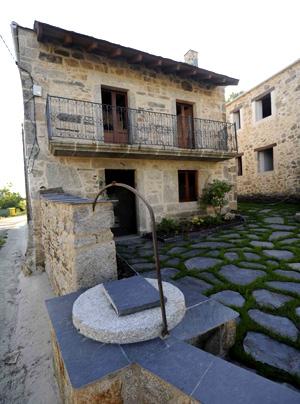 Vivienda restaurada en el municipio coruñés de A Capela. | elmundo.es