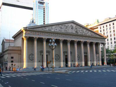 "Fachada ""Neoclásica"" de la Catedral Metropolitana de Buenos Aires, Argentina"