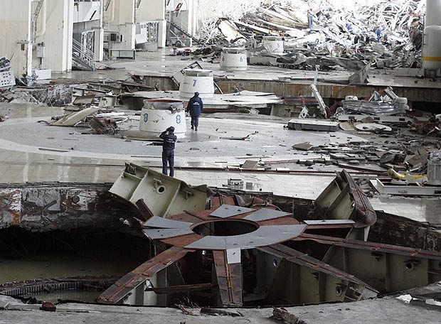 Vista de cómo quedó la sala de turbinas afectada por el accidente ocurrido este lunes en la mayor central hidroeléctrica de Rusia