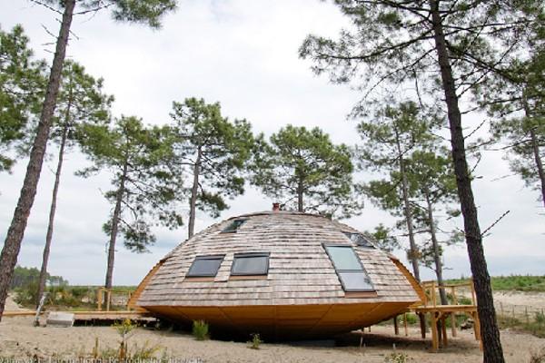El particular diseño del Domespace permite optimizar los recursos energéticos naturales al máximo, gracias al sistema de rotación que sigue los rayos solares Foto: domespace.com