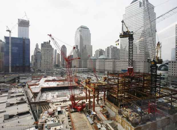 Aspecto de las obras de reconstrucción de la zona cero en Nueva York, en una imagen tomada el pasado martes.