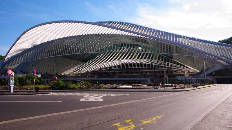 Estacion de tren Guillemins en Lieja (Belgica) / Santiago Calatrava  cc by nc =: Kristo