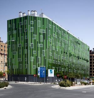 Edficio de viviendas en el PAU de Vallecas (Madrid).   COAM