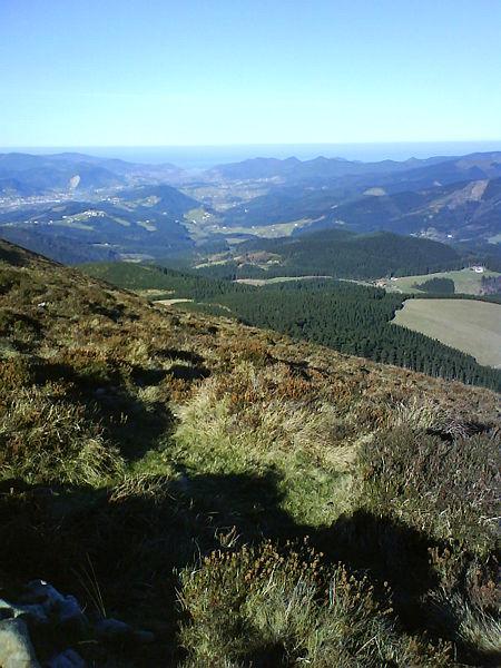 Vista general de la Reserva de la Biosfera de Urdaibai desde Astogana.