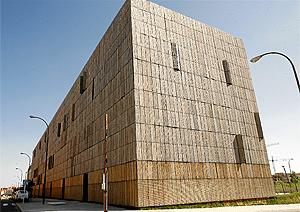 Casa de bambú en Madrid   B. Rivas