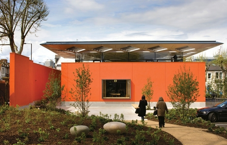 Maggie's Centre London by Rogers Stirk Harbour and Partners has won the 2009 Stirling Prize.