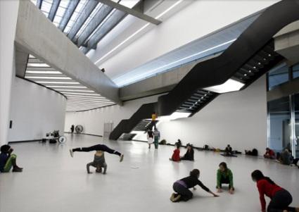 Interior del edificio Maxxi de Zaha Hadid - Foto: Reuters