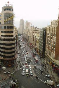 La Gran Vía de Madrid, vista desde Callao - Foto:  Wikipedia