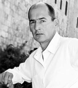 Rem Koolhas (Rotterdam, 1944), fue periodista antes de ser arquitecto y fundar el estudio OMA, donde divide su tiempo entre escribir ensayos y proyectar edificios Foto:Pritzker Prize