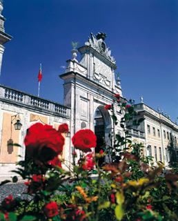 El Tivoli Palácio de Seteais no es simplemente un hotel, es un modelo de vida...