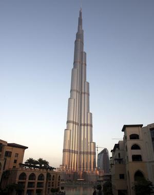 La Torre de Dubai, la más alta del mundo, superando los 800 metros de altura /REUTERS