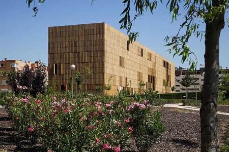 El edificio Bambú, de Zaera, sito en Carabanchel. (FOTO: ELMUNDO.ES)