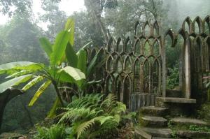 Jardín surrealista de James en Xilitla (foto de Christian von Wissel). Wikipedia