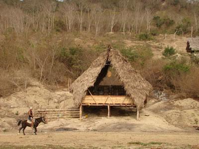 Escuela Nueva Esperanza, El Cabuyal, Manabí, Ecuador/ al bordE, David Barragán + Pascual Gangotena