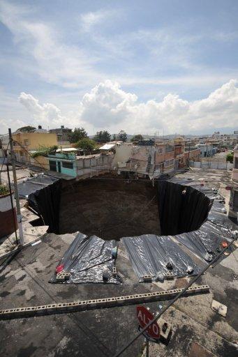 Agujero provocado por las lluvias en Guatemala - Foto: AFP / Google