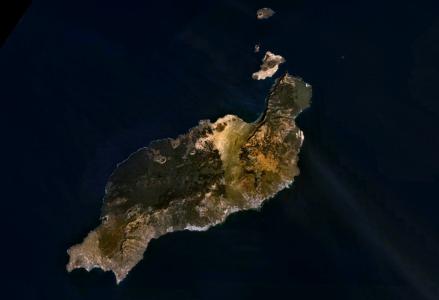 Vista Satelital de Lanzarote - Foto: NASA / Wikimedia Commons