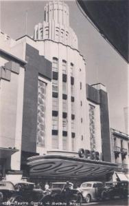 El edificio en sus primeras épocas - Wikipedia