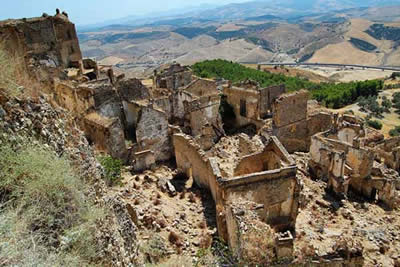 Craco, Italia. Foto: Petes Travel Snippets