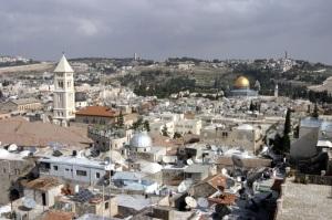 Ciudad Vieja de Jerusalén, el Monte Scopus y el Monte de los Olivos. Wikipedia