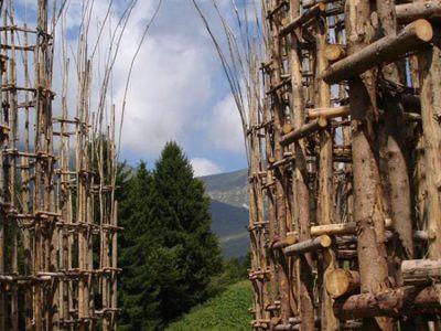 CATEDRAL VERDE. Monumental obra de arte y naturaleza en Italia. Foto: Clarín.com