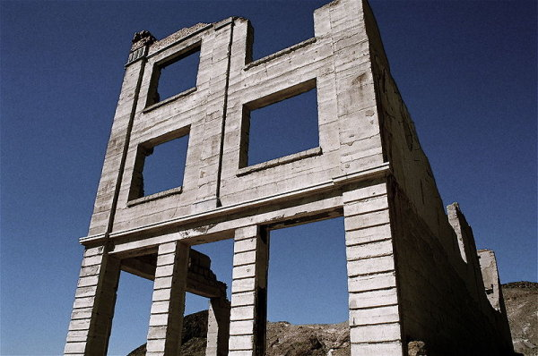 Ruins of the Cook Bank building in Rhyolite, Nevada - Wikipedia