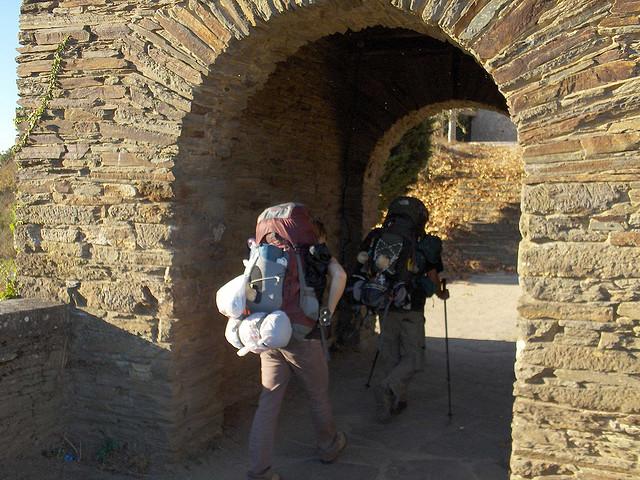 El Camino Francés a su paso por Portomarín - Foto: Darío Álvarez, 2007