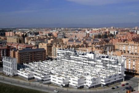 El edificio, en el Ensanche de Carabanchel, destaca por su integración en el paisaje. | ELMUNDO.es