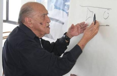El centenario Maestro Niemeyer en su estudio - ABC.es