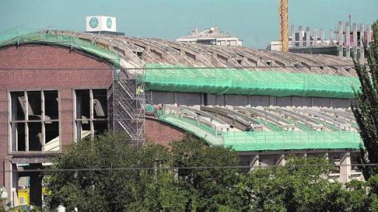 La nave en 2010 en pleno proceso de rehabilitación - De San Bernardo / ABC.es