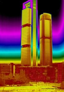 Ejemplo de termografía de una edificación - Foto: IMPIC Termografía Infrarroja info@cursos-termografia.com