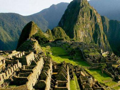 """PATRIMONIO. En quechua, Machu Picchu, significa """"montaña vieja"""". (Foto: EFE)  Clarín.com"""