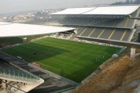 Estadio de Braga durante su construcción. ElMundo.es
