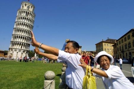 Foto de archivo (2001) con una de las imagenes más repetidas por los turistas. | AP - ElMundo.es