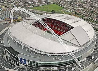 EL NUEVO. Así luce el estadio actual, que demandó casi 1.100 millones de euros para su construcción. Fue inaugurado en 2007. Clarín.com