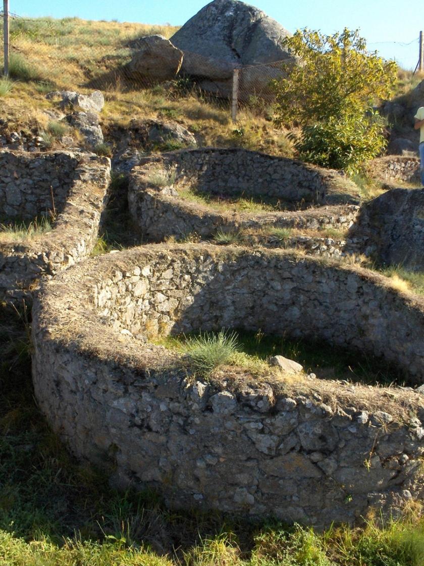 Ruinas en Castromao (Orense, Galicia)